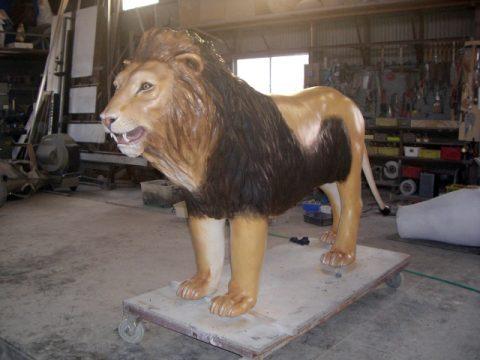 世界野生動物館 ライオンサムネイル
